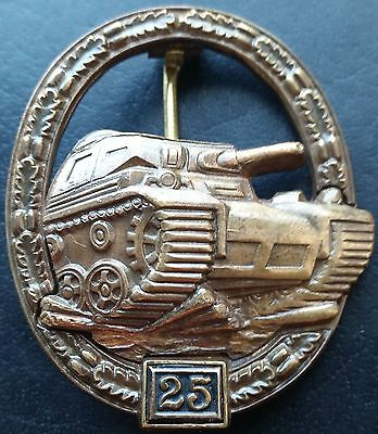 "✚7418✚ German Army Tank Battle Badge in Bronze ""25"" post WW2 1957 pattern ST&L"