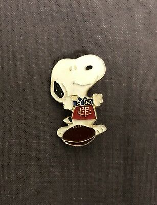 Vintage Fitzroy Football Club Snoopy Peanuts Badge Pin AFL VFL