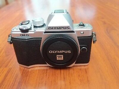 Olympus OM-D E-M10 Mark II Mirrorless Digital Camera - Silver With 2 Lenses