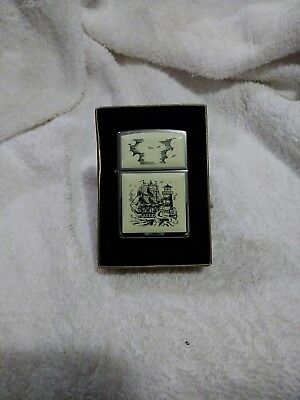 M.i.b. Vintage 1995 Scrimshaw Ship And Lighthouse Zippo Lighter
