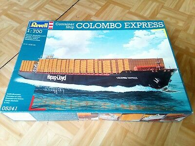 Revell 5241 container ship Colombo Express 1-700