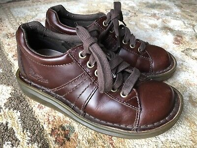 Ladies Brown Leather Dr Martens Mary Jane Shoes Size 5 BNWB Unusual