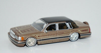 1990 Lincoln Town Car Lowrider 1 64 Scale Diecast Model Jada Toys Homie Rollerz