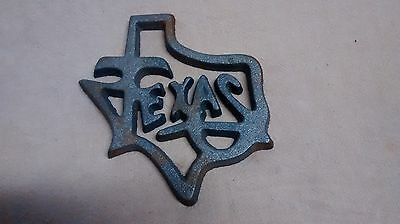 Small Cast Iron TEXAS State Shaped Trivet BBQ Wall hanging Decor