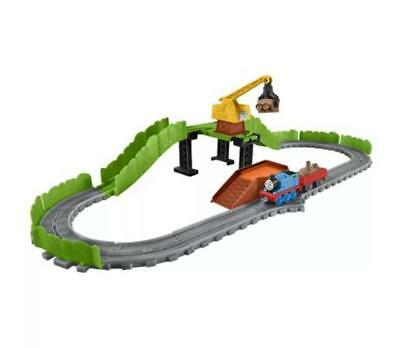 Thomas & Friends Adventures Reg At The Scrapyard Train Set New