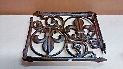 2 FLEUR DE LIS Shelf Brackets Home or Garden Decor