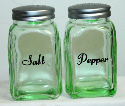 New Green Depression Style Glass Salt and Pepper Shakers Retro Farmhouse Decor