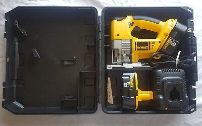 Dewalt jigsaw 18v dw933 cordless tool2 batterieschargerhard case dewalt jigsaw 18v dw933 cordless tool2 batterieschargerhard case keyboard keysfo Gallery