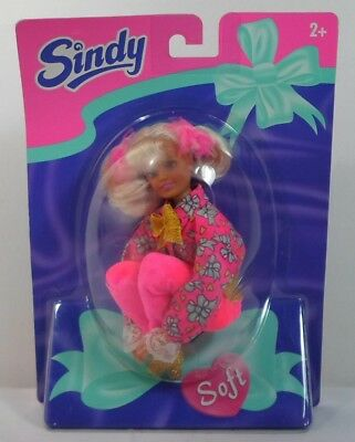 Hasbro International Vtg 1996 Sindy Soft Doll European Version Mosc Sealed Rare