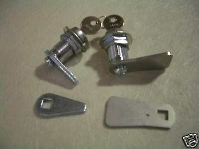 Ute Lid Locks  - Ute Lid replacement locks Key removable in lock position only