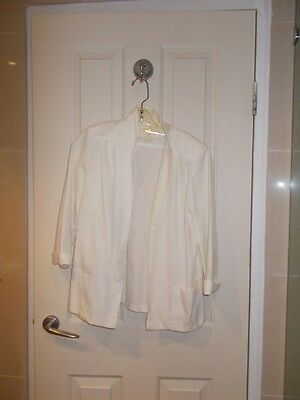 Cream Jacket - can hand wash - Size 8 - 3/4 sleeves - 2 front pockets
