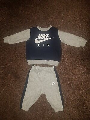 boys nike tracksuit 3-6 months