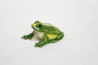 Green Frogs Figurine Animal Ceramic Miniature Statue Collectible Small Gift