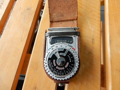 Vintage Sekonic L-6 light meter with original leather case