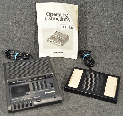 Panasonic MICROCASSETTE TRANSCRIBER Model RR-930 With FOOTPEDAL RP-2692 & Manual