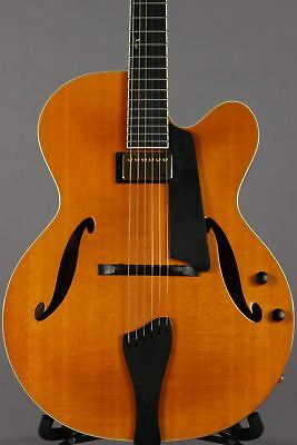 1993 Benedetto Bravo Natural Archtop Guitar