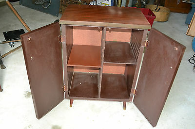 Vtg Mid Century Stereo LP Record Cabinet / Credenza