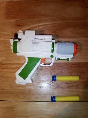 STAR WARS NERF Gun Green Blaster  Clone Wars & 2x suction DARTS