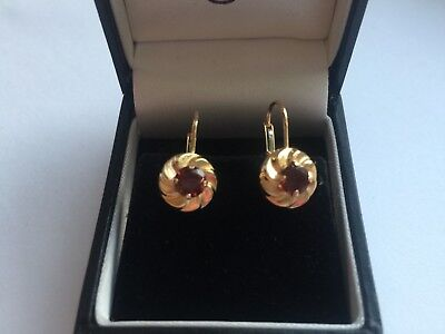 Beautiful Pair Of 18ct Gold And Fire Garnet Dropper Earrings