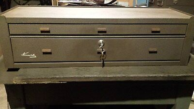 Kennedy MC-28 2 drawer machinist's tool chest
