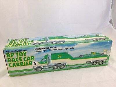 1993 Authentic Limited Edition Bp Gas Station Toy Race Car Carrier Toy Truck Nib