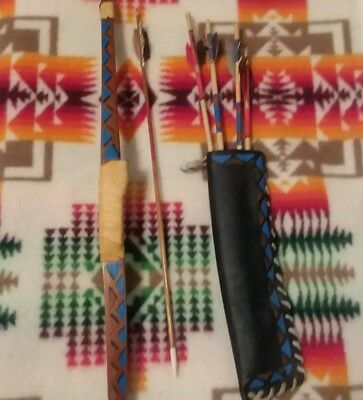 AUTHENTIC HANDMADE Native American Bow and Arrows With leather pouch