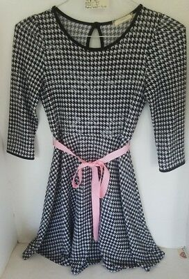 Vintage Girl's Dress Black and White and Silver  size xl  (16) Soprano