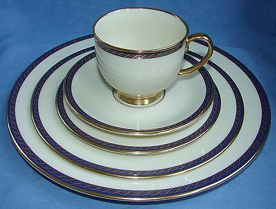 Lenox Fine China Presidential Collection  ~ Hamilton Pattern 5-Pc Place Setting