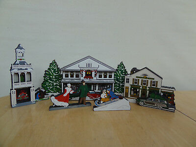 7 Pieces SHELIA'S COLLECTIBLES HEARTSVILLE CHRISTMAS VILLAGE Buildings, Skaters