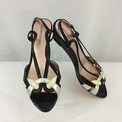 Arturo Chiang Women's Sandals Black Open Toe Strappy Leather Size 8 1/2 1A60