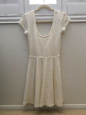 fae96c33cf8 URBAN OUTFITTERS WHITE Scoop Neck Skater Dress