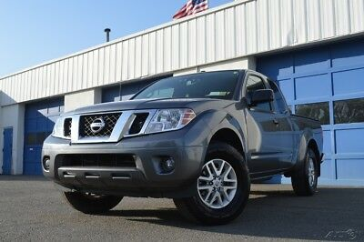 Nissan Frontier SV 4WD 4X4 Full Power Options Rear View Camera Parking Sensors Heated Seats Excellent