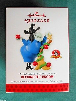 HALLMARK 2013 Looney Tunes WITCH HAZEL Decking the Broom Ltd Ed ORNAMENT-NIB+pt