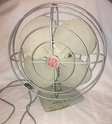 Vintage 1950's GE General Electric Oscillating Metal Desk Fan F11S107 Made n USA