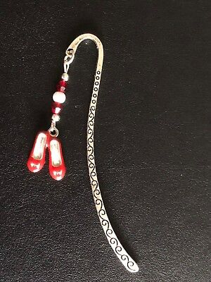 WIZARD OF OZ INSPIRED BOOKMARK DOROTHY RUBY RED ENAMEL SHOES SLIPPERS gift bag