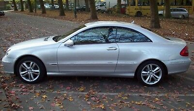 Mercedes CLK 220 cdi Coupé 6 vitesses FULL options 160.000 Euro 4 TRES BON ETAT