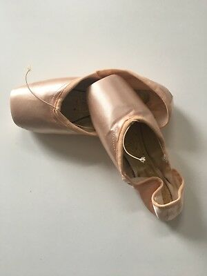 Pointe shoes- Custom order Freed of London Size 5 X Maker Q
