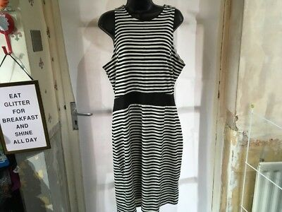 H&M Ladies Striped Dress Size XL, Brand New Without Tags, Lovely Design.