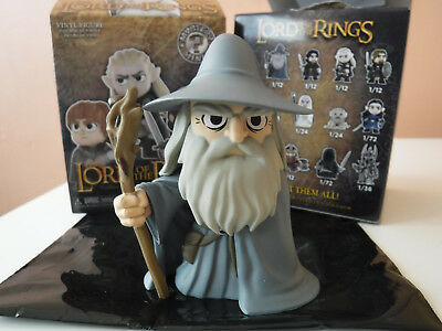 https://www.picclickimg.com/d/l400/pict/273210999514_/The-Lord-Of-The-Rings-Funko-Mystery-Mini.jpg