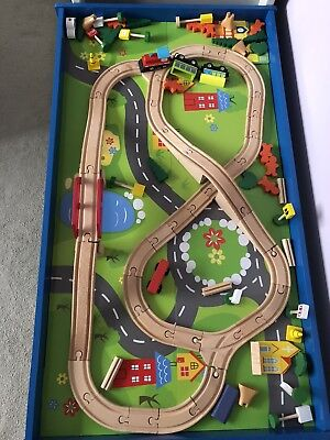 CHAD VALLEY WOODEN Train Set & Table - £35.00 | PicClick UK
