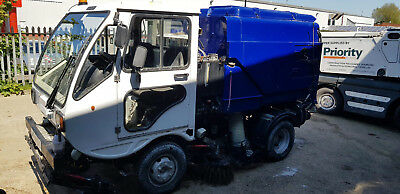 2005 Scarab Minor Compact Road Sweeper