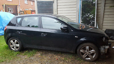Kia Cee'd, 2010 1.6 Crdi, For Repair Or Spares