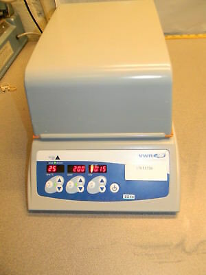 VWR Incubating Microplate Shaker 10027-132, 100-1200 RPM, 3mm Orbit, Opaque Lid