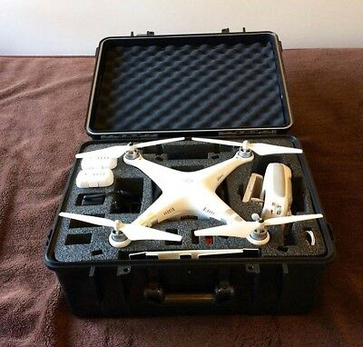 DJI Phantom 3 Advanced with hard case and second battery