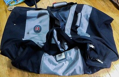 601e00902f JEEP Authentic Sport Gear Large Roller Duffle Bag Black Jeep Travel  Equipment