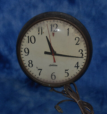 """Vintage Sunbeam Electric Wall Clock with Real Glass Face 9"""" Diameter"""