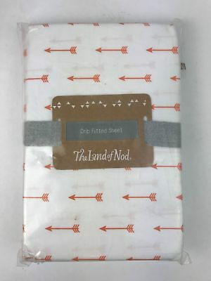 The Land of Nod 100% Organic Cotton Crib Fitted Sheet in Arrow Iconic