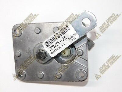 329271-2X New Parker Chelsea WIRE SHIFTER COVER - OEM