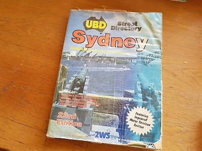 ubd street directory sydney (inclluding darling harbour re-devel / 23rd ed 1986