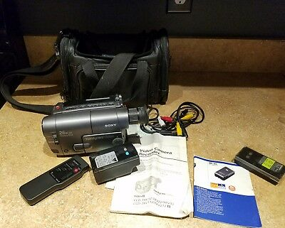 Sony Handycam CCD-TRV22 8mm Video8 Camcorder VCR Player Camera Video Transfer